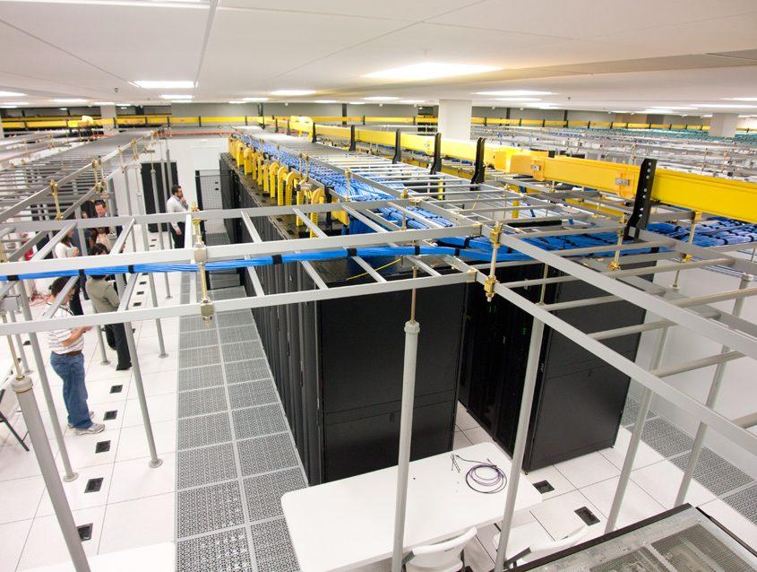 Wire Mesh Tray Data Center