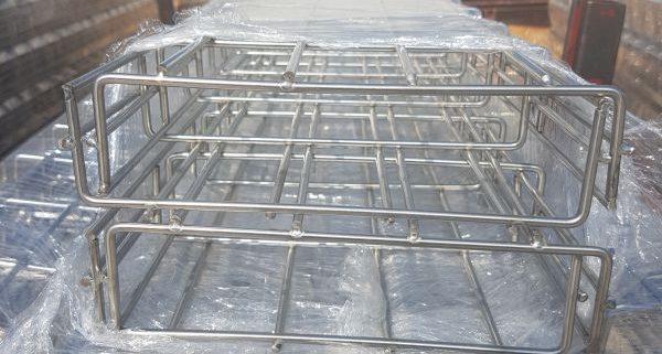 máng lưới inox cablofil