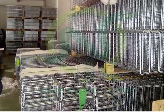 máng lưới inox 304